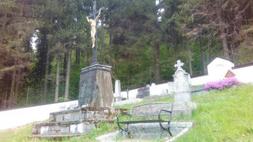 Ústřední Velký kříž hřbitova zroku 1862